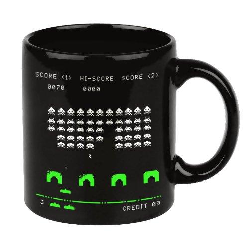 Taza Space Invaders. CálleseYCojaMiDinero.com