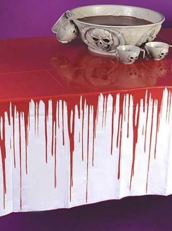 Mantel de mesa sangriento. CálleseYCojaMiDinero.com