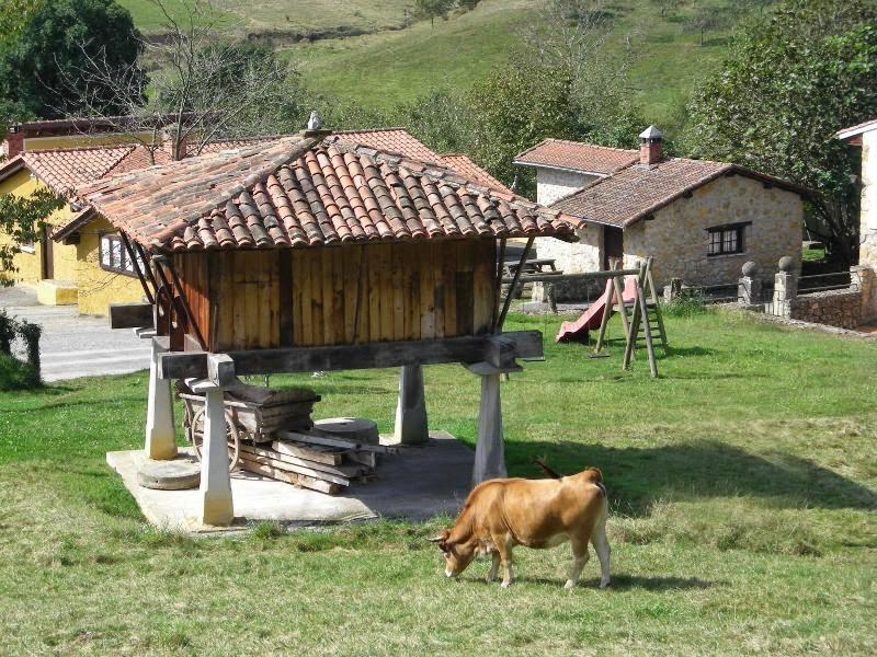 Pueblos y aldeas abandonadas. CálleseYCojaMiDinero.com