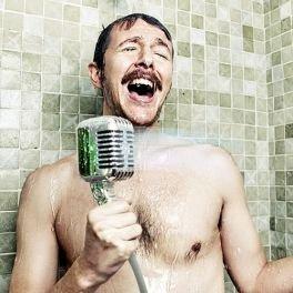 Alcachofa ducha micrófono retro. CálleseYCojaMiDinero.com
